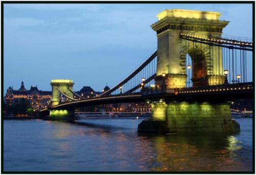 Lat Night In Budapest - 34